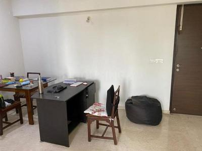 Gallery Cover Image of 830 Sq.ft 2 BHK Apartment for buy in Hiranandani Maitri Park, Chembur for 27000000
