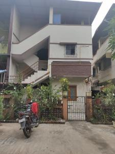 Gallery Cover Image of 1105 Sq.ft 2 BHK Independent Floor for rent in HOC Colony, Panvel for 15000