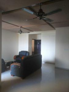 Gallery Cover Image of 1700 Sq.ft 3 BHK Apartment for rent in Chokkanahalli for 48000
