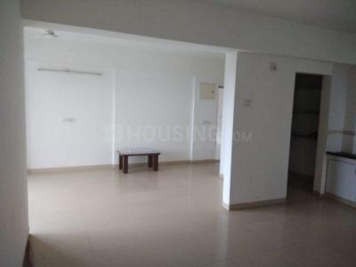 Gallery Cover Image of 1500 Sq.ft 3 BHK Apartment for rent in Makarba for 22000