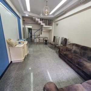 Gallery Cover Image of 2650 Sq.ft 3 BHK Independent House for rent in Goregaon West for 60000
