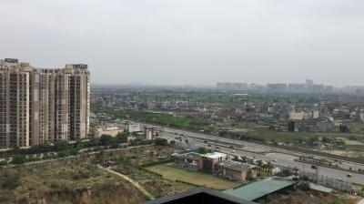 Gallery Cover Image of 855 Sq.ft 2 BHK Apartment for rent in Gaursons Hi Tech 14th Avenue, Noida Extension for 11000