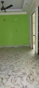 Gallery Cover Image of 750 Sq.ft 2 BHK Apartment for rent in DDA Flats, Bharthal for 12500