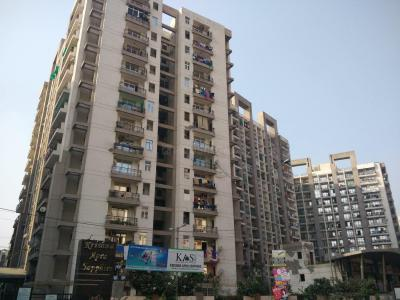 Gallery Cover Image of 1890 Sq.ft 3 BHK Apartment for rent in Aarcity Krishna Apra Sapphire, Vaibhav Khand for 21000