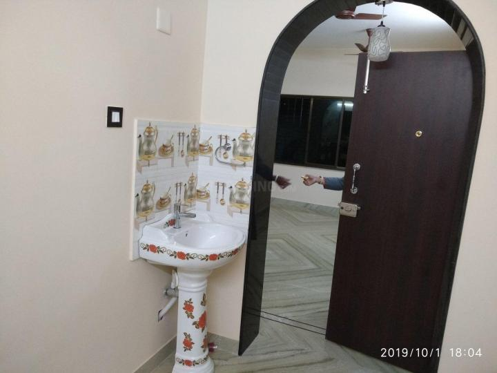 Passage Image of 1300 Sq.ft 3 BHK Apartment for rent in Agarpara for 15000