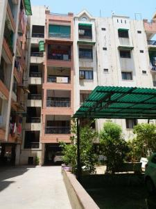 Gallery Cover Image of 1260 Sq.ft 2 BHK Apartment for buy in Satellite for 5800000