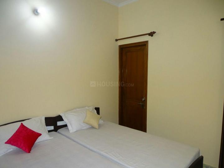 Bedroom Image of Sunshine PG in Roshan Pura