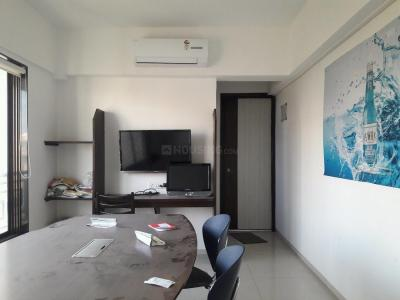 Gallery Cover Image of 700 Sq.ft 1 BHK Apartment for buy in Borivali West for 12000000
