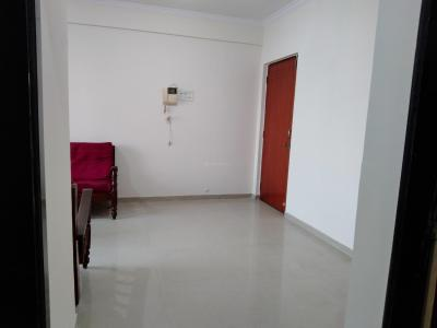 Gallery Cover Image of 1050 Sq.ft 2 BHK Apartment for rent in Bhoomi Park, Malad West for 30000