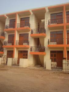 Gallery Cover Image of 540 Sq.ft 1 BHK Independent Floor for rent in Sector 81 for 3500
