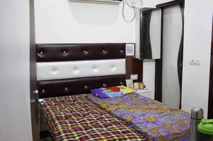 कनाट प्लेस में लक्ज़री पीजी के बेडरूम की तस्वीर