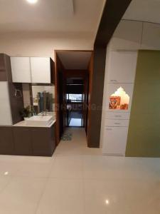 Gallery Cover Image of 951 Sq.ft 2 BHK Apartment for buy in Avirat Silver Gardenia, Gota for 5200000