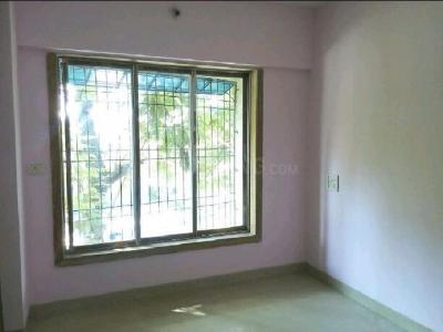 Gallery Cover Image of 400 Sq.ft 1 RK Apartment for rent in Bandra East for 20000