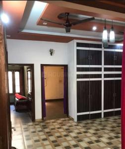 Gallery Cover Image of 1400 Sq.ft 2 BHK Independent Floor for rent in Banjarawala for 12000