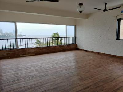 Gallery Cover Image of 1300 Sq.ft 3 BHK Apartment for rent in Bandra West for 130000