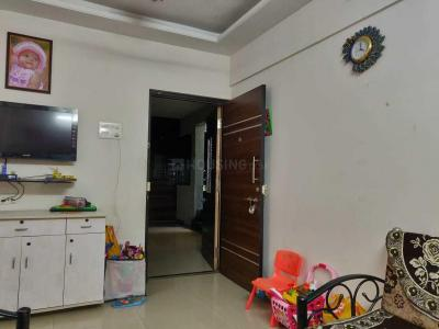 Gallery Cover Image of 700 Sq.ft 1 BHK Apartment for rent in Seawoods for 21000