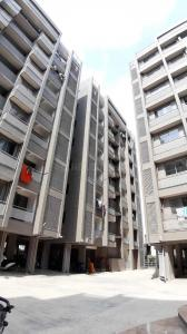 Gallery Cover Image of 1654 Sq.ft 3 BHK Apartment for rent in Chandkheda for 13000