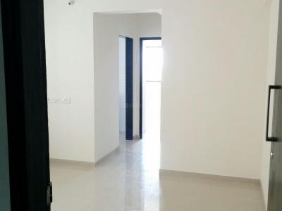 Gallery Cover Image of 600 Sq.ft 1 BHK Apartment for rent in Kandivali East for 17000