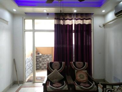 Gallery Cover Image of 1700 Sq.ft 3 BHK Apartment for rent in Sector 9 for 22500