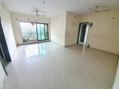 Gallery Cover Image of 1080 Sq.ft 2 BHK Apartment for rent in Kandivali East for 45000