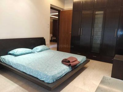 Gallery Cover Image of 2899 Sq.ft 4 BHK Apartment for rent in Khar West for 300000
