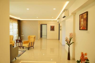 Gallery Cover Image of 1350 Sq.ft 3 BHK Apartment for buy in Tridhaatu Aum, Govandi for 32000000