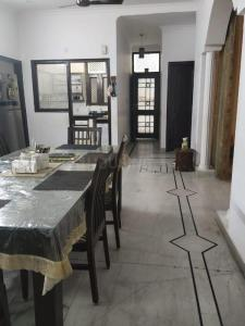 Gallery Cover Image of 2700 Sq.ft 3 BHK Independent Floor for rent in Model Town for 60000