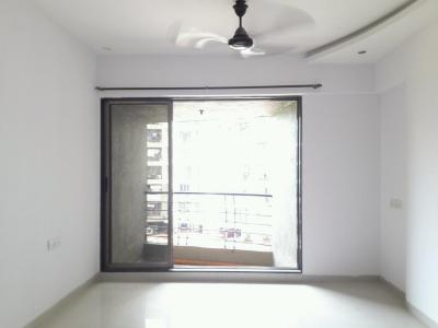 Gallery Cover Image of 1350 Sq.ft 3 BHK Apartment for rent in Dahisar West for 42000