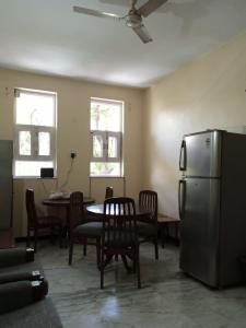 Gallery Cover Image of 1500 Sq.ft 2 BHK Independent Floor for rent in Sector 29 for 22000