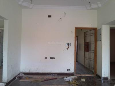 Gallery Cover Image of 1050 Sq.ft 3 BHK Apartment for buy in Kolathur for 5950000