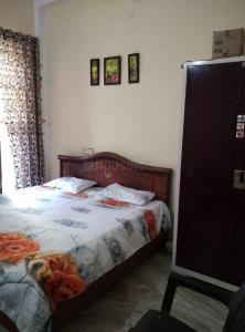 Gallery Cover Image of 500 Sq.ft 1 BHK Independent Floor for rent in Sector 110 for 6000