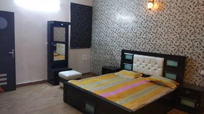 Gallery Cover Image of 2250 Sq.ft 3 BHK Independent House for rent in Ashok Vihar for 50000
