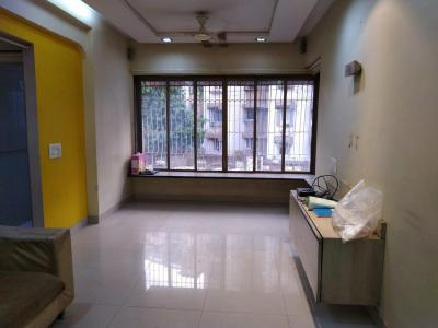 Gallery Cover Image of 825 Sq.ft 2 BHK Independent Floor for rent in Malad East for 35000
