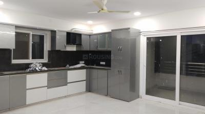 Gallery Cover Image of 3100 Sq.ft 4 BHK Apartment for rent in Banjara Hills for 83000