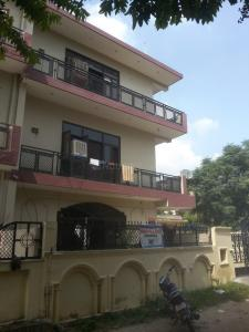 Building Image of Raghav PG in Beta I Greater Noida
