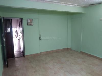 Gallery Cover Image of 850 Sq.ft 2 BHK Apartment for rent in Om Bhakti Prasad Housing, Dahisar West for 26000