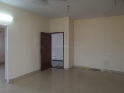 Gallery Cover Image of 1320 Sq.ft 3 BHK Apartment for rent in Ramapuram for 20000