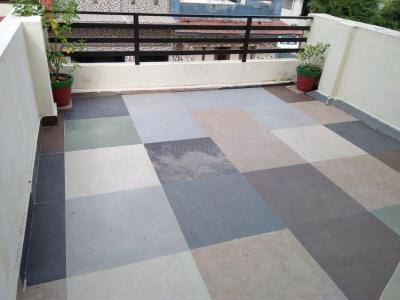 Gallery Cover Image of 900 Sq.ft 1 RK Independent Floor for rent in Mahadev Platinum, Ghodasar for 5500