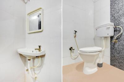 Common Bathroom Image of Boys PG in Gachibowli