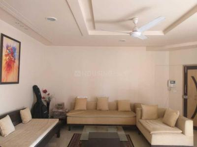 Gallery Cover Image of 1250 Sq.ft 2 BHK Apartment for rent in Lunkad Skylounge, Kalyani Nagar for 40000