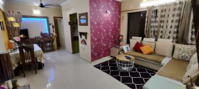 Gallery Cover Image of 880 Sq.ft 2 BHK Apartment for rent in Kabra Happy Valley, Thane West for 32000