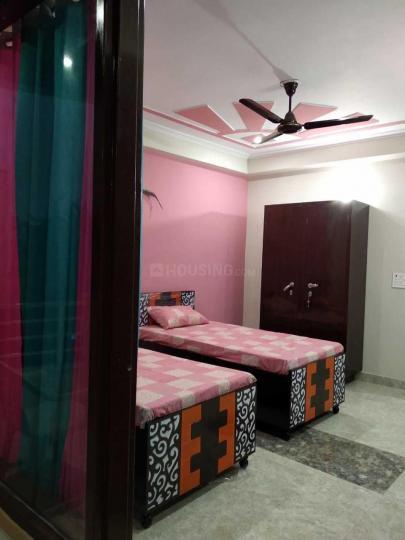 Bedroom Image of Girls PG in Sector 47