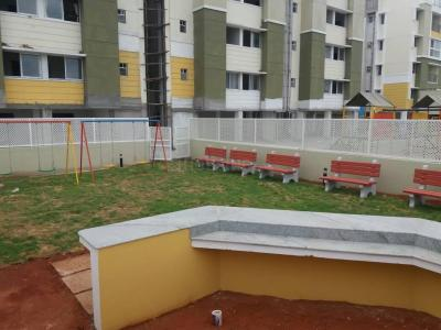 Gallery Cover Image of 850 Sq.ft 2 BHK Apartment for buy in Poonamallee for 3800000