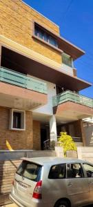 Gallery Cover Image of 2200 Sq.ft 4 BHK Independent House for buy in Kalyan Nagar for 30000000