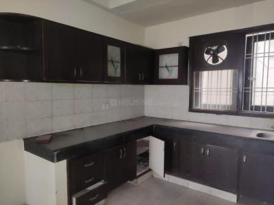 Gallery Cover Image of 1200 Sq.ft 2 BHK Apartment for rent in RPS Savana, Sector 88 for 10500