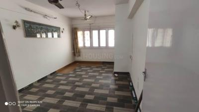 Gallery Cover Image of 800 Sq.ft 2 BHK Apartment for buy in Khar West for 27500000