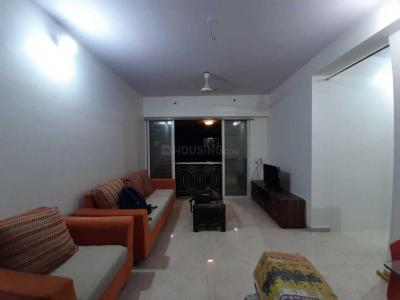 Gallery Cover Image of 763 Sq.ft 2 BHK Apartment for rent in Santacruz East for 65000