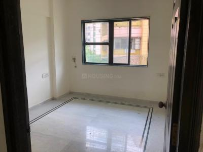 Gallery Cover Image of 1000 Sq.ft 3 BHK Apartment for buy in RNA NG Garden, Kandivali West for 15500000