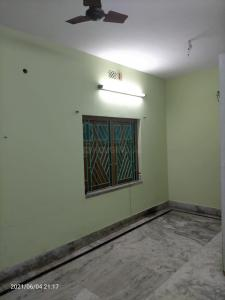 Gallery Cover Image of 950 Sq.ft 2 BHK Independent Floor for rent in Kaikhali for 10000