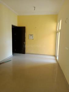 Gallery Cover Image of 1390 Sq.ft 3 BHK Apartment for buy in Windsor Court, Sector 78 for 7500000